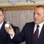 Кмета на общината Живко Тодоров и о.р.ген. Румен Ралчев