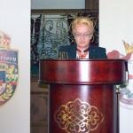 Светлана Тилкова - Алена по време на доклад